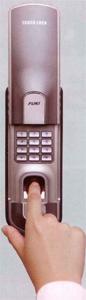 指紋認証補助錠 TOUCH LOCK(タッチロック)鍵 横浜 鍵屋 ドア 交換 修理