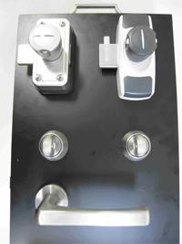 サムターンを防ぐにはコレKaba star Safety Rim Lock(カバスターセーフティリムロック)鍵 横浜市 合鍵 カギ 交換 鍵交換 鍵開け